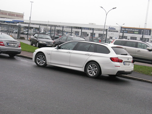 BMW 520d white