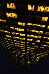 La Défense (Paris) - Tour DGFSUEZ T1 - Upside-down