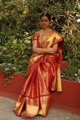 South actress MADHUCHANDAPhotos Set-3-HOT IN TRADITIONAL DRESS (16)