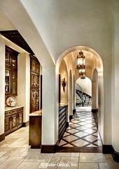 Almería gallery into foyer