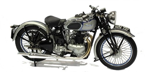 Minichamps Triumph Speed twin 1939 1-12