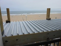DryJoistEZ is extruded from marine-grade aluminum into planks 24 feet long that include 5″ water channels on each plank.
