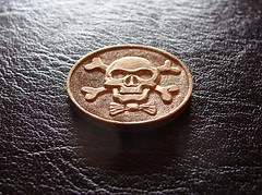 "Skull & bones (relief on 20 Bfr. coin) • <a style=""font-size:0.8em;"" href=""http://www.flickr.com/photos/72528309@N05/8605997474/"" target=""_blank"">View on Flickr</a>"