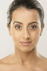 South Actress SANJJANAA Photos Set-5-Hot Piks (7)