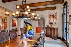 Almería Dining room into foyer