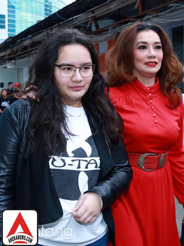 #Gosip Top :Reaksi Putri Reza Artamevia, Saat Tahu Ibunya Terlibat Narkoba