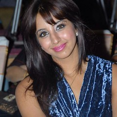 South Actress SANJJANAA Photos Set-7 (71)