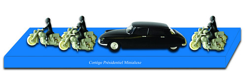 Cortege_présidentiel_bis-001