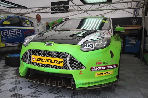 Stewart Lines in the garage in BTCC at Knockhill, August 2016
