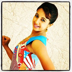 South Actress SANJJANAA Photos Set-7 (5)