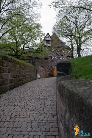 Entrada para o castelo imperial de Nuremberga