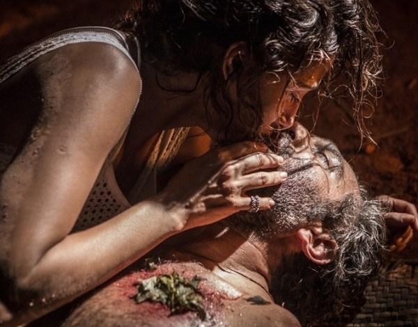 """Em """"Velho Chico"""", Tereza encontra Santo e o """"ressuscita"""" com um beijo"""