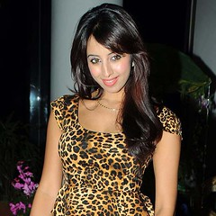 South Actress SANJJANAA Photos Set-7 (38)