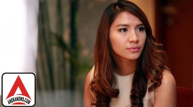 #Gosip Top :Main Film Komedi, Acha Sinaga Berguru Pada Komeng