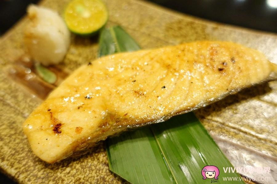 [台北.美食]大車輪火車壽司~平價日本料理美食♡菜色豐富的精緻和食料理 @VIVIYU小世界