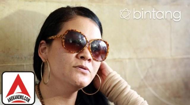 #Gosip Top :Gagal Melukis Tinta Abadi di Hati Melanie Subono