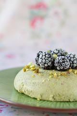 Pistachio oat bran pudding
