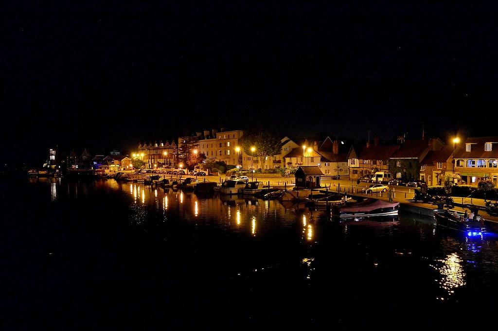 Nikon D5100 Light Painting