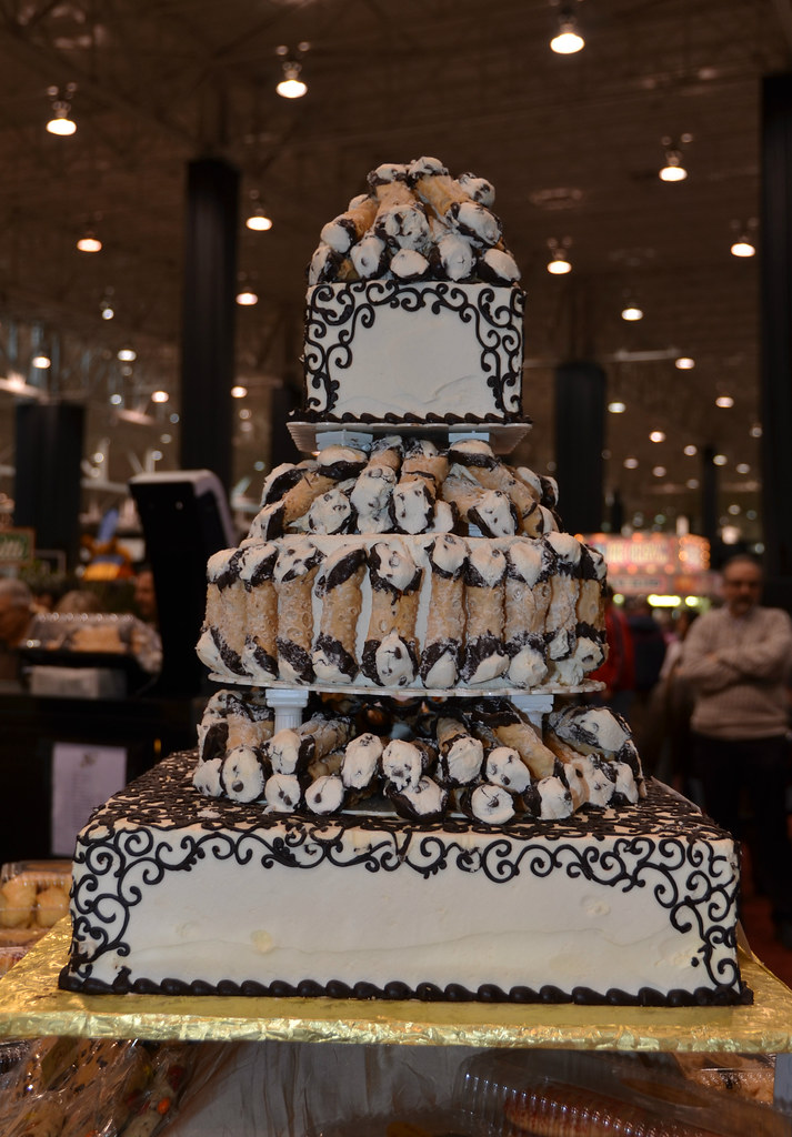 The World s Best Photos of cannoli and cannolicake   Flickr Hive Mind the cannoli cake  That Nikon Girl  Tags  weddingcake cannoli  homeandgardenshow cannolis cannolicake homeandgardenexpo
