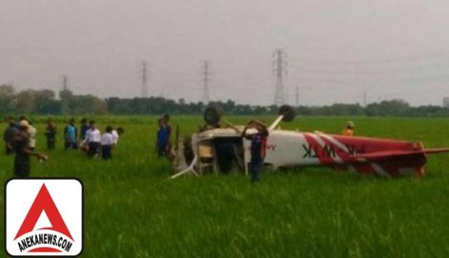 #Terkini: Pesawat Latih Jatuh di Cirebon