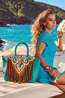 As emblemáticas bolsas CS do verão têm as cores da temporada