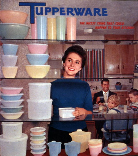 Tupperware advertisement featuring a Joe Stein...