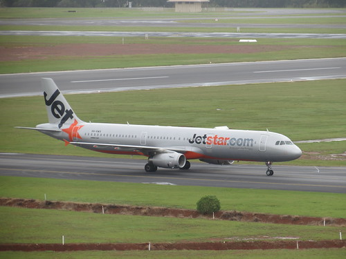 Jetstar A321 Taxis to the Terminal at Darwin Airport in March 2012