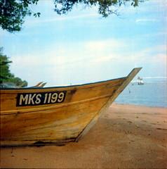 MKS (alemershad) Tags: 6x6 tlr film mediumformat boat fisherman kodak squareformat malaysia mf kl yashica melaka malacca bot 120mm twinlensreflex yashicamat124g filem iso160 ilovefilm alem malaccastraits freshfilm kodakektacolor selatmelaka kualalinggi vescan alemershad canoscan9000f