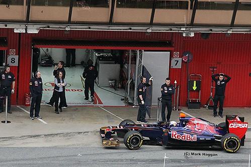 Daniel Ricciardo in his Toro Rosso in Formula One Winter Testing, Circuit de Catalunya, March 2012