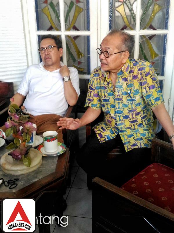 #Gosip Top :Ayah Reza Artamevia Curhat Soal Kejanggalan di Padepokan Brajamus