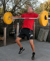Crossfit Trainer trying to lift  weights