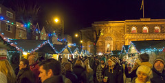 Crowds throng Salisbury's 2012 Christmas Marke...