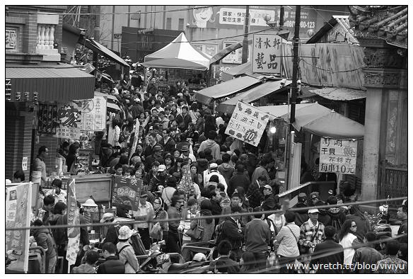 [練習]三峽老街外拍構圖~拍照離不開吃 @VIVIYU小世界