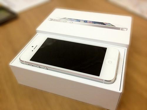 いいなぁ、iPhone5。