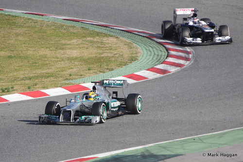 Lewis Hamilton in his Mercedes and Valterri Bottas in his Williams at Formula One Winter Testing, March 2013