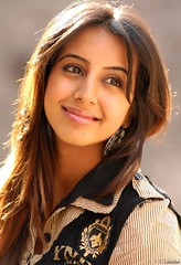 South Actress SANJJANAA Photos Set-11 (19)