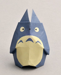 """Totoro origami 3 • <a style=""""font-size:0.8em;"""" href=""""http://www.flickr.com/photos/66379360@N02/8671700922/"""" target=""""_blank"""">View on Flickr</a>"""