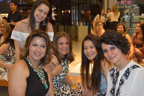 Cidinha Carvalho e amigas