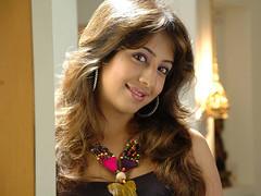 South Actress SANJJANAA Photos Set-7 (1)