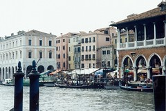1998 05 18 Venice fish market view from the canal