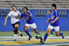 Tomoko Matsumoto, a Japanese exchange student from Keio University, plays for San Jose State University.