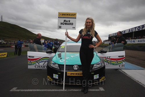 Mark Howard on the grid during the BTCC Knockhill Weekend 2016