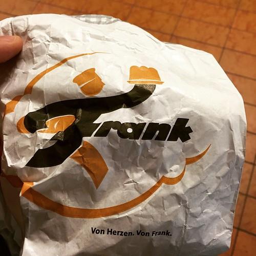 Die besten #Brezeln in #Stuttgart gibts vom #Bäcker Frank.  #Brezen von Herzen. Von Frank. www.baecker-frank.de