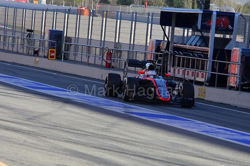 Kevin Magnussen in the McLaren in Formula One Winter Testing 2015