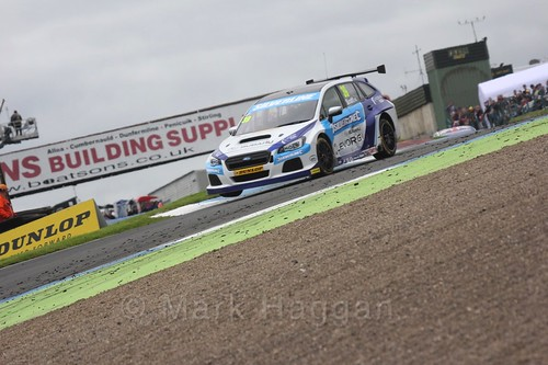 Warren Scott in BTCC race 2 during the Knockhill Weekend 2016