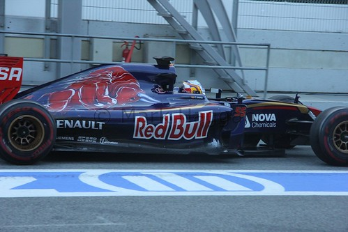 Carlos Sainz Jr in the Toro Rosso in Formula One Winter Testing 2015