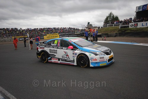 Tom Ingram on the grid during the BTCC Knockhill Weekend 2016