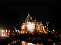 2001 08 30 De Waag at night