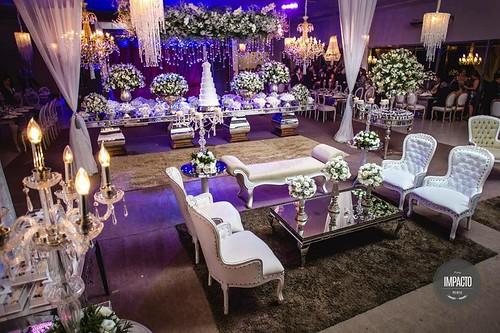 A recepção dos noivos Kivia & Felipe foi um verdadeiro espetáculo