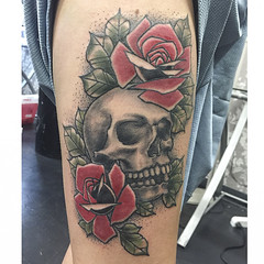 """Skull with roses • <a style=""""font-size:0.8em;"""" href=""""http://www.flickr.com/photos/91580856@N07/17057435335/"""" target=""""_blank"""">View on Flickr</a>"""